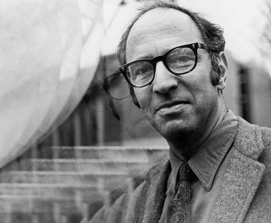 Thomas Kuhn, The Structure of Scientific Revolutions author.